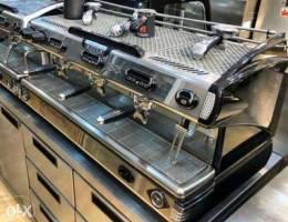 مكينة كوفي إيطالية ثلاث عيون مستعملة بحالة...