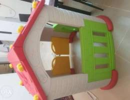 Play house for kids in new condition