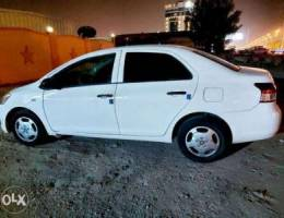 Toyota yaris 2011 automatic Excellent cond...