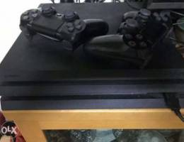 Ps4 Pro 1b with 2 controllers